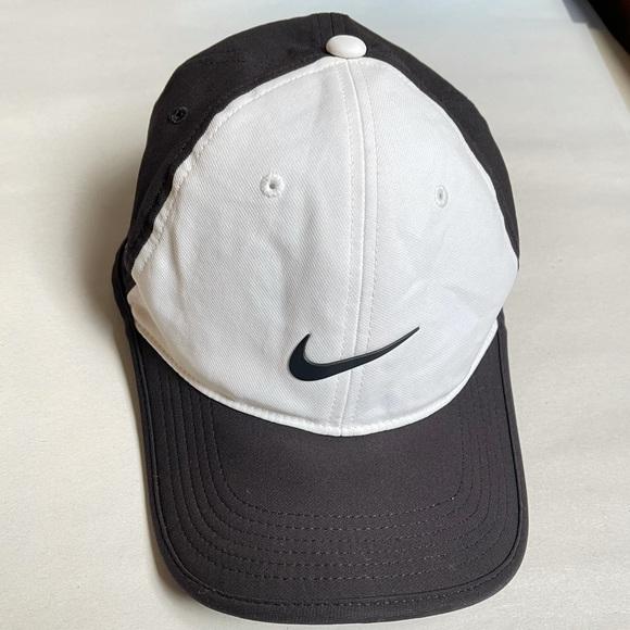 Nike RZN Men's Golf Athletic Hat Adjustable Baseball Hat